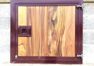 Top Door Powder Coated in Hardwood